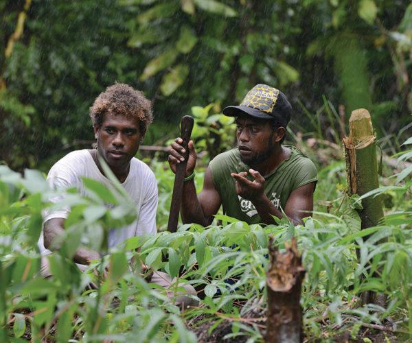Roviana team leader Sasamara Kera (left) and helper Bora Alen, Kastom Gaden Association